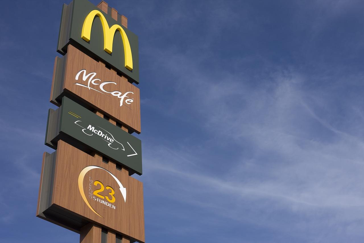 McDonald's va livrer à domicile