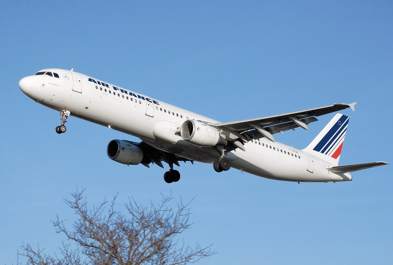Air France lance sa nouvelle compagnie aérienne Joon