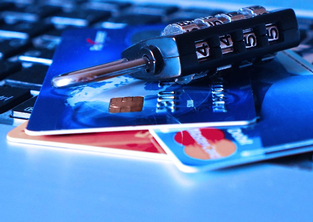 La fraude aux moyens de paiement a pesé 800 millions d'euros en 2016