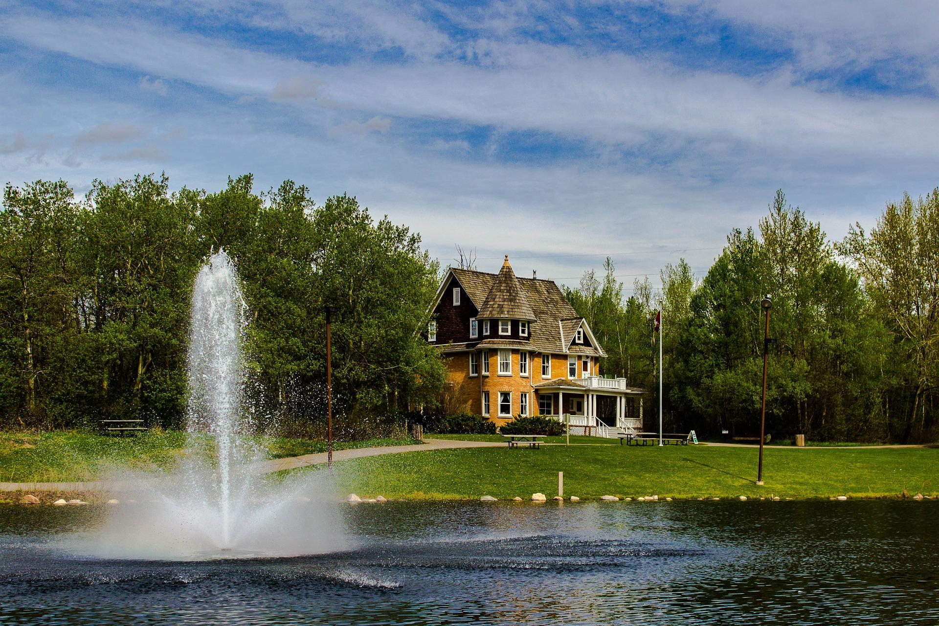 ISF immobilier : Contribuables Associés l'estiment contre-productif