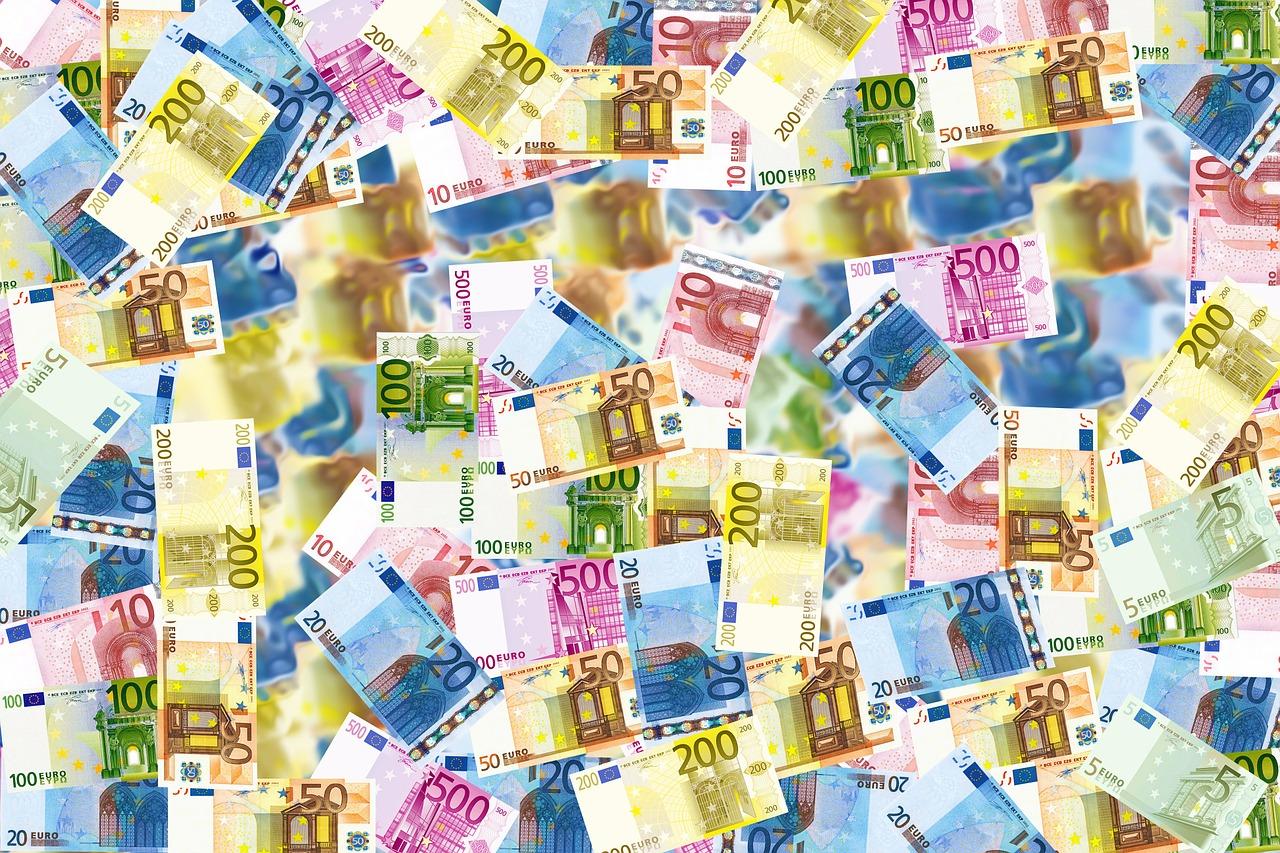 Les ultra-riches français toujours à l'aise en Suisse