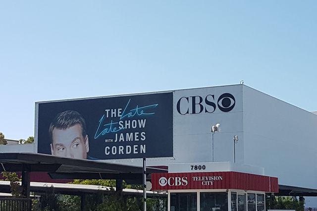 Accusations d'abus sexuels : le PDG de la chaîne CBS évincé