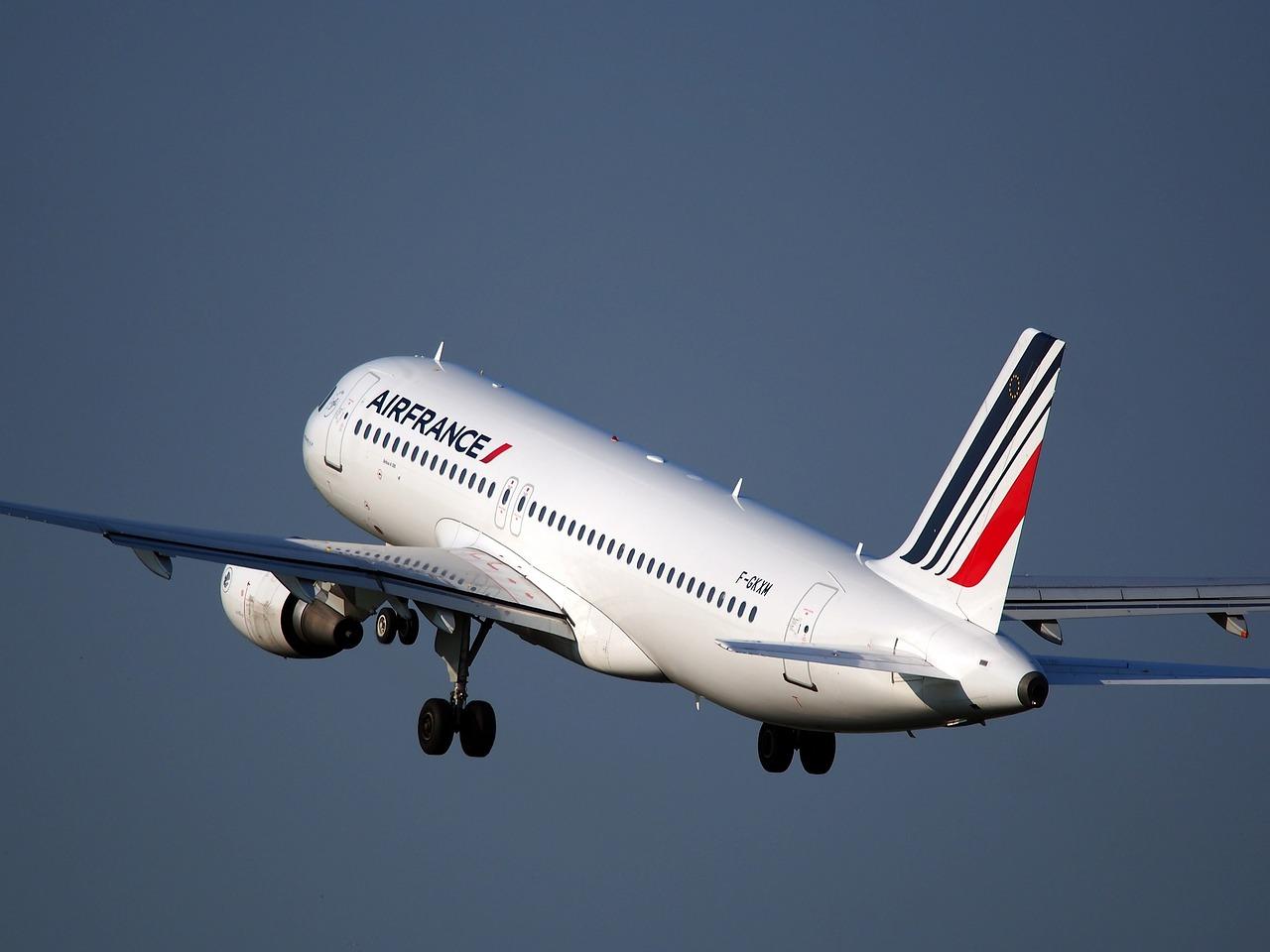 HOP! : la compagnie aérienne domestique d'Air France change de nom