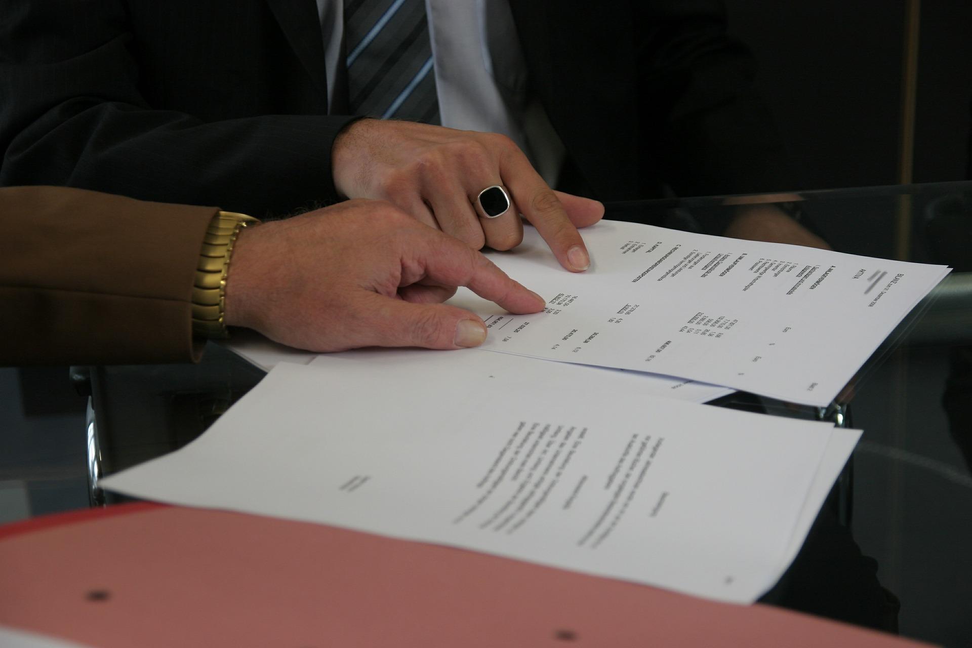 Un faux chômeur et ses proches doivent rembourser 114.000 euros à Pôle Emploi
