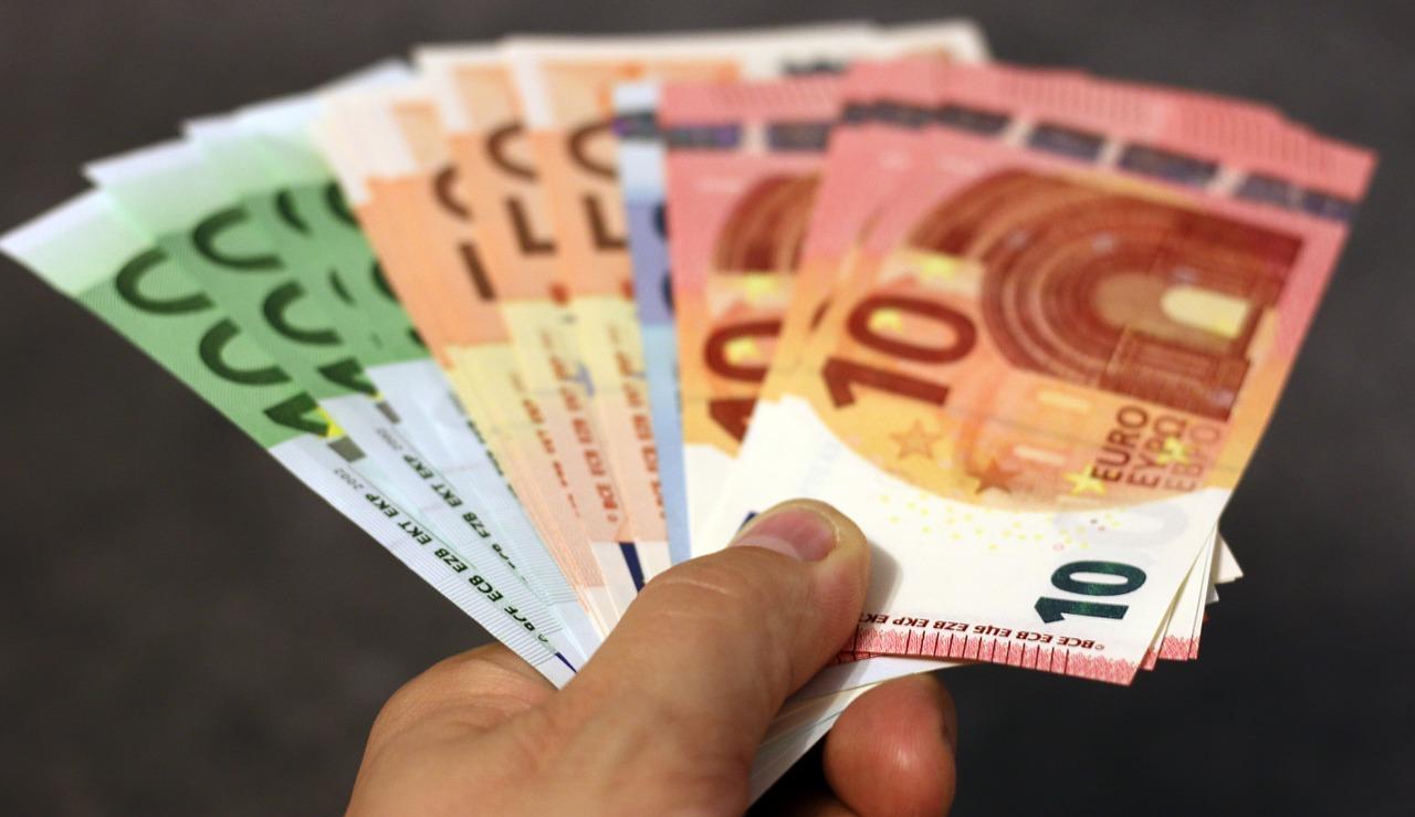 Pouvoir d'achat : les Français vont bénéficier en moyenne d'un gain de 850 euros