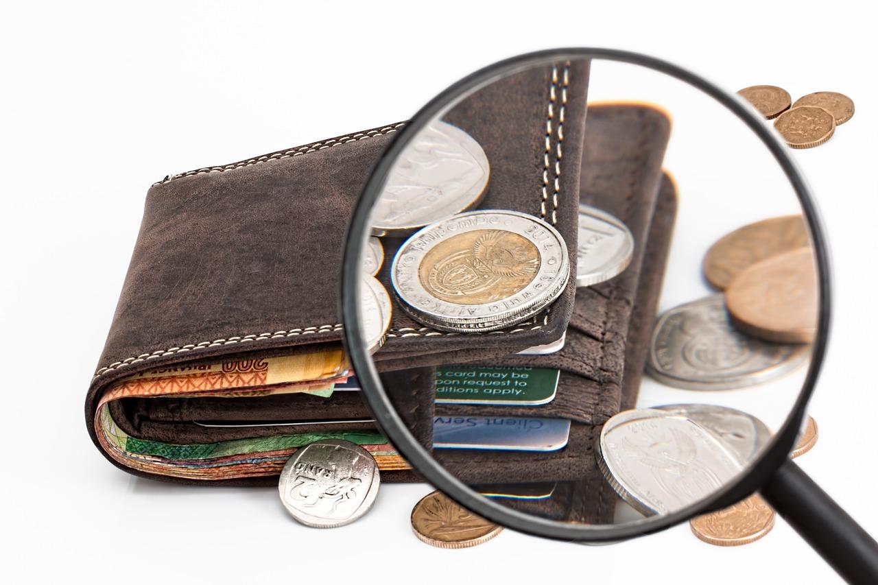 Pouvoir d'achat : un gain de 850 euros par foyer, selon Edouard Philippe