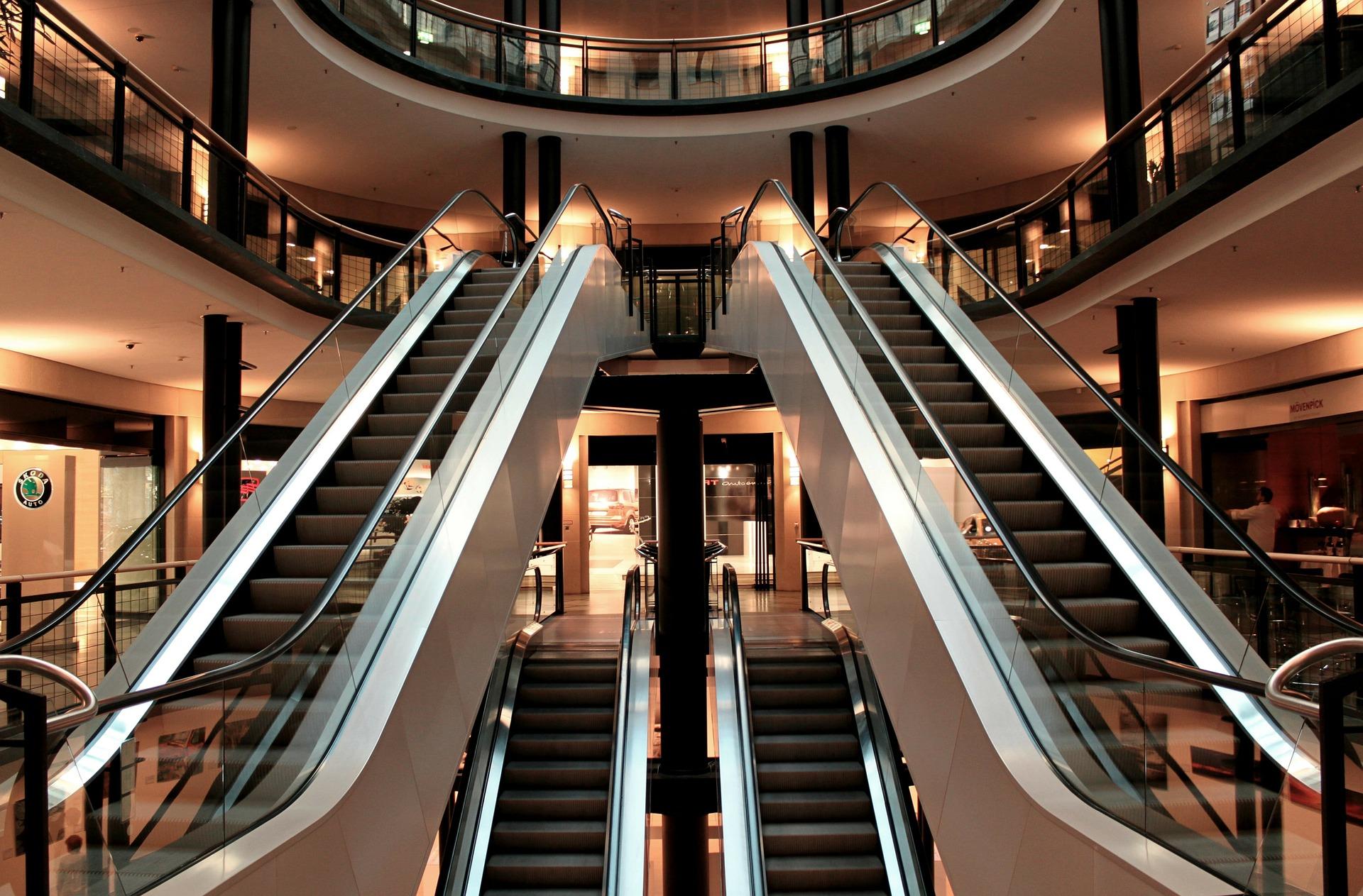 Les centres commerciaux parisiens ont la cote