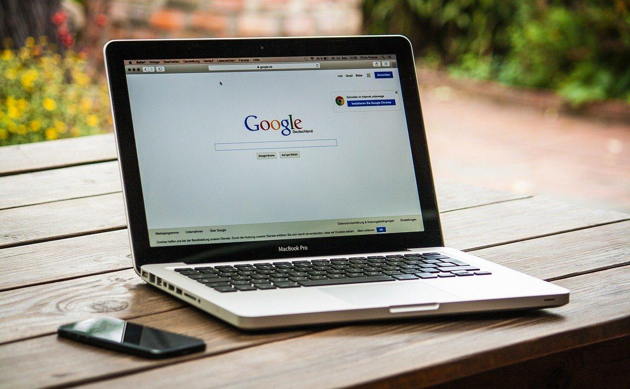 Alphabet place le patron de Google à sa tête
