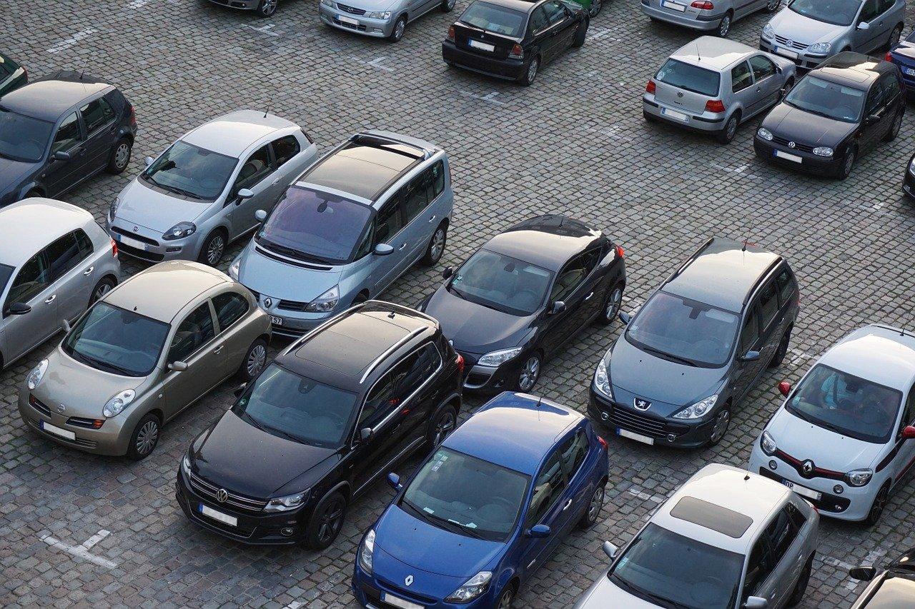 La chute des immatriculations automobiles se poursuit en Europe