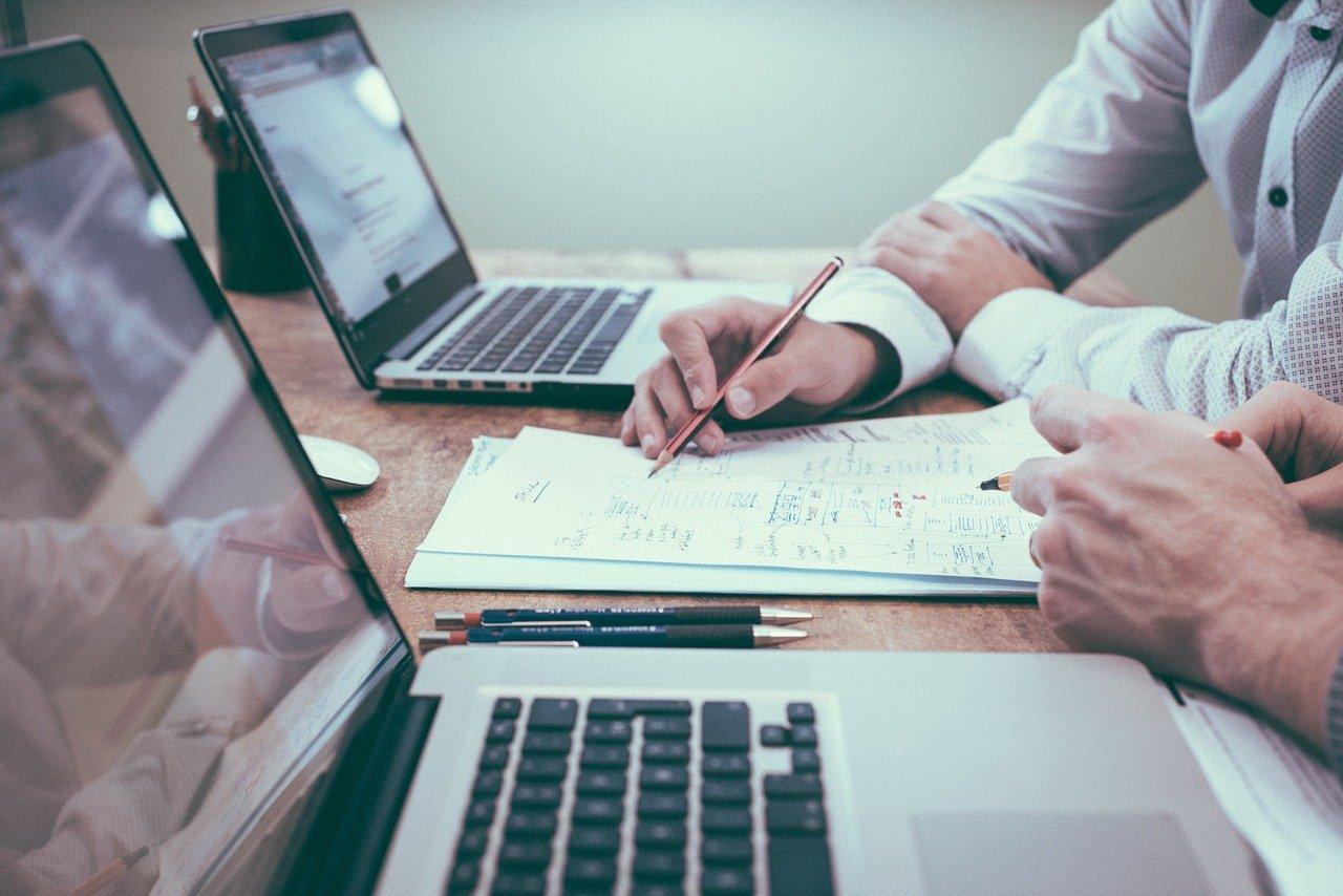 Salesforce achète la messagerie Slack pour plus de 27 milliards de dollars