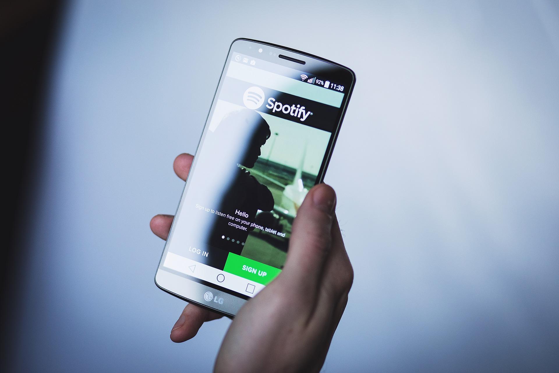 Apple devrait faire l'objet d'une action de l'UE pour pratiques anticoncurrentielles