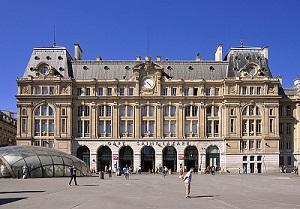 La façade de la Gare Saint-Lazare - Crédit photo : Moonik