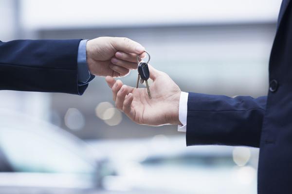 Les Français de plus en plus intéressés par l'achat automobile sur internet